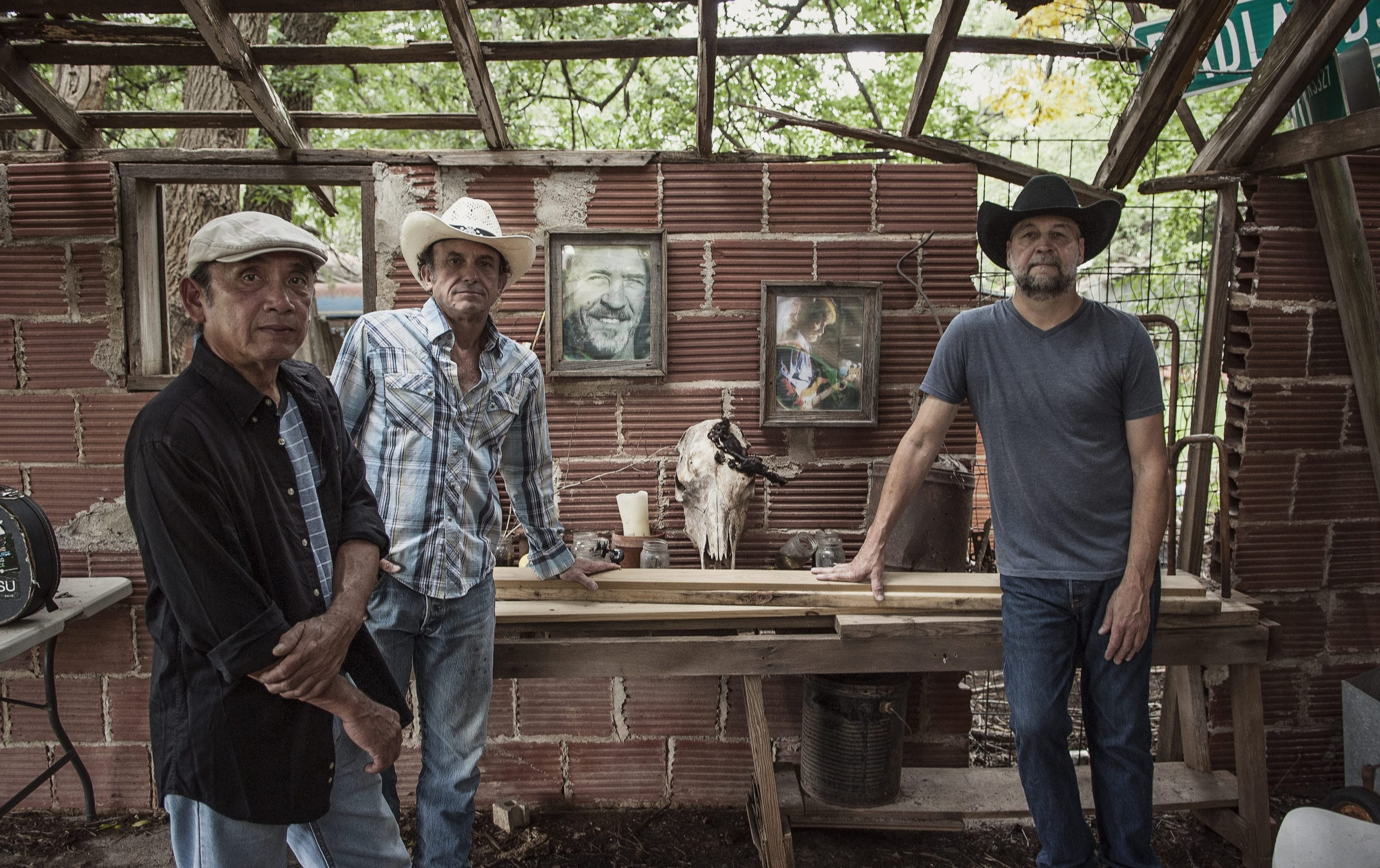 Red Dirt Rangers to play at the Round Barn